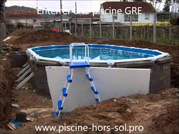 Enterrer Une Piscine Gre Youtube Enterrer Piscine Hors Sol Intex