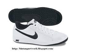 nike shoes drawings. nike main draw sl sportswear 429864-101. white/black- white-black rp449,000 nike shoes drawings