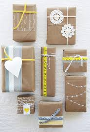 gift wrapping ideas. I love how simple brown shipping paper can be a great  canvas