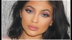 kylie jenner blue eye makeup tutorial