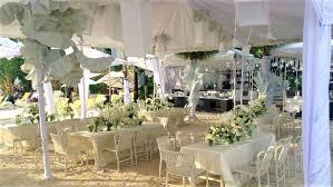 beach wedding setup j