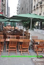 Mesas y sillas para bar