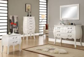 Mirror Bedroom Set Modern Bedroom Dresser Sets White Lacquer And Silver Wood Finish