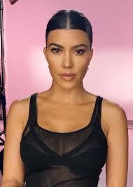 kourtney kardashian makeup look