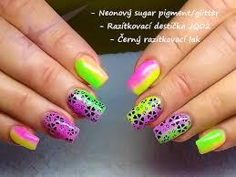 Neonový Glitter Růžový Na Nehty Sugar Efekt