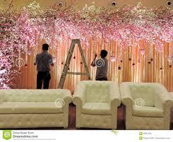 Decorated Reception Halls Wedding Decorating The Wedding Reception Hall At Traditional Hindu Wedding