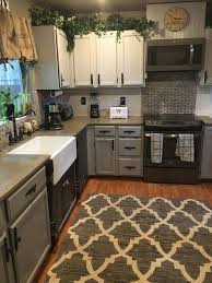 36 Small Kitchen Remodeling Designs For Smart Space Management