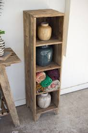 Reclaimed Wood Projects Best 25 Recycled Wood Ideas On Pinterest Diy Coat Hooks