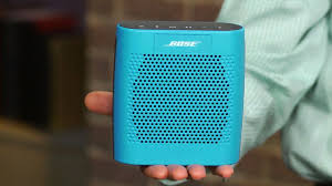 bose soundlink blue. cnet first look bose soundlink blue