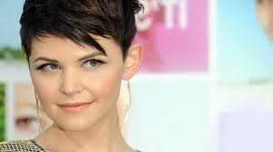 25 Gorgeous And Flattering Short Hairstyles For Round Faces