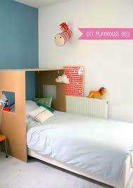 Diy kids room Toy Diy Cardboard Playhouse Bed Handmade Charlotte Fun And Simple Projects For Kids Rooms Handmade Charlotte