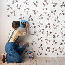 13 Maneras de decorar tu habitacin con estrellas. Stencil DiyHow ...