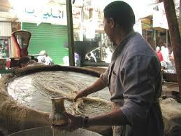 عادات مصريه عن رمضان اصلها و طريقة دخولها مصر images?q=tbn:ANd9GcQzCVwd5qZ5138Hi5fSUl_rQtWaAfvTZ3LLpU8oAlWrLyqU576J_w