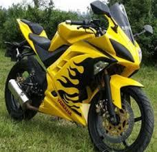 motor yamaha r15 warna hitam motor yamaha r15 desain airbrush warna kuning