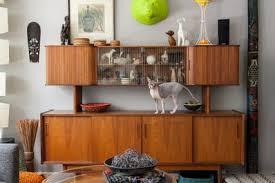 mid century modern living room. (Image Credit: Emma Fiala) Mid Century Modern Living Room M