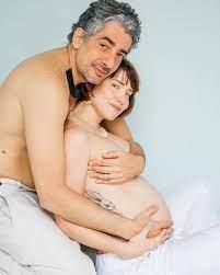 Letícia Colin Exibe Primeiras Fotos do Filho
