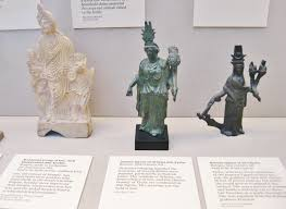 r art essay light on stone greek and r sculpture in the  r antiquities in the british museum a photo essay clio image