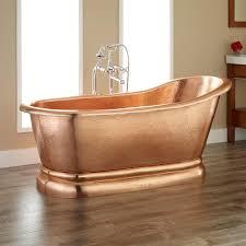 Image of: Luxurious Copper Bathtub