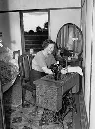 1944 Singer Sewing Machine