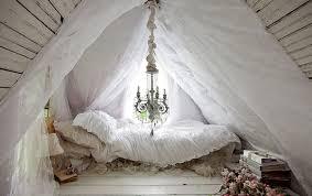 tiny Victorian cottage bedroom