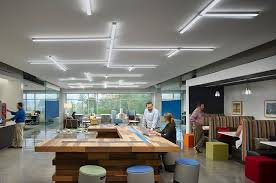 gensler designed a mix of work space typologies in a single plan at capital one west creek campus in richmond va