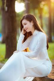 Image result for Hình ảnh nón lá áo dài qua cầu đẹp