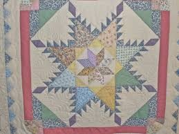 Feathered Star Quilt – ThreadTails & Feathered Star Centre. Feathered Star Quilt Adamdwight.com