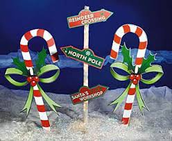 Candy Cane Yard Decorations Outdoor Christmas Decoration Ideas Outdoor christmas Christmas 16