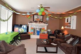 to decorate living room for birthday party on budget