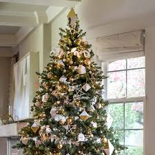 Creative christmas tree toppers ideas try Christmas Decorations Wooden Treasure Tree The Family Handyman 100 Incredible Christmas Tree Decorating Ideas The Family Handyman
