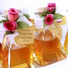 elegant summer wedding favors return gifts to the attending guests jpg