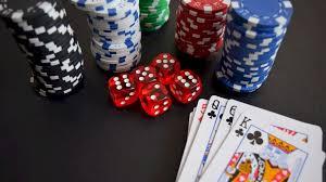 Care este ierarhia mâinilor în poker? Totul despre Texas Hold 'Em