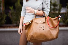 marianna hewitt blog longchamp le pliage custom mh detail tan leather orange strap