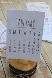 free printable desk calendar for 2016 makes a great gift idea