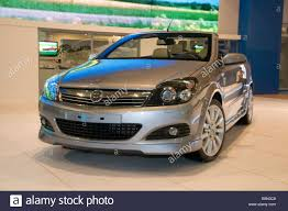 Opel Astra Chevrolet Twin Top Stock Photo, Royalty Free Image ...
