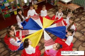 У Троїцькому районі відзначили День Соборності України - Департамент освіти і науки Луганської обласної державної адміністрації