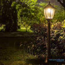Các loại đèn cắm sân vườn giá rẻ năng lượng mặt trời