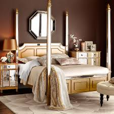 Hayworth Queen Canopy Bed - Gold