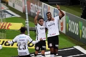 Corinthians goleia o Fluminense e encosta por vaga na Libertadores