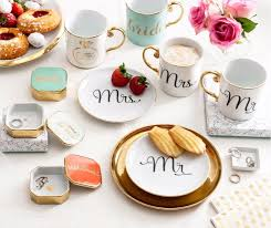 A Modern Bride's Guide to Mastering Your Wedding Registry