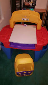 little tikes art desk with easel desk light and chair