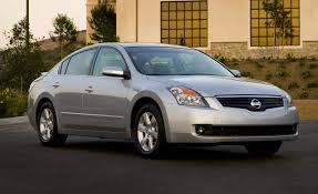 Nissan Altima Reviews | Nissan Altima Price, Photos, and Specs ...