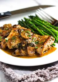 this quick pan seared en with mushrooms is smothered in a luscious lemony mushroom pan