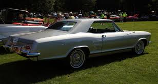 buick riviera 72 fire muscle car