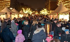 Birmingham Mi Christmas Tree Lighting Welcome To Birmingham The Shopping District