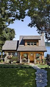 This cottage on the Puget Sound in Washington is a beautiful example of a  smart cabin design. Dream home.