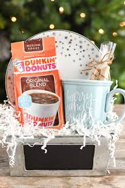 Homemade gift basket ideas is meant to be a helpful guide to inspire you to create gift baskets for family, friends, coworkers, teachers, and anyone else on your gift list. Christmas Coffee Mug Gift A Pumpkin And A Princess