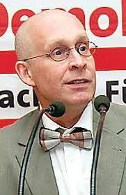<b>Dr. Stefan Kühn</b> (links) und Thomas Brückmann treten als Kandidaten bei der <b>...</b> - NORDENHAM_1_01498b73-bb99-4ae9-9791-4f551140a8fa-005--218x337