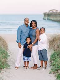Beach Family Photos 8 Most Beautiful Outfit Ideas For Family Beach Pictures By Top