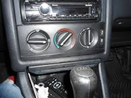 differences between a b3 and a b4 audi 80 w pics audifans net the b3 s hazard lights switch is in a different place to the b4 the b4 s are next to the rear demister fog lights switches whereas on the b3 the switch is